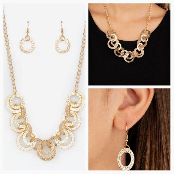 Treasure Tease Gold Necklace Earing Set (108